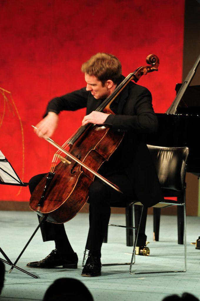 Yehudi Menuhin Konzert-13-kl